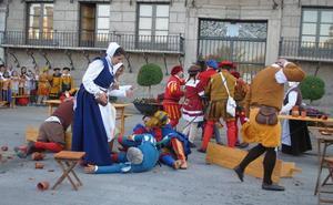 Medina cautiva al público con una nueva representación basada en el refranero