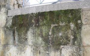 Reclaman «medidas urgentes» contra los daños por humedades en la Cueva de Salamanca