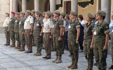 La Academia de Artillería guarda un minuto de silencio en el aniversario de los atentados de Barcelona