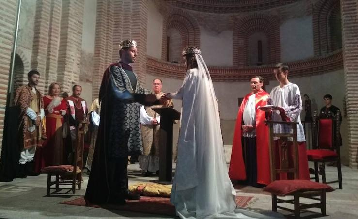Cuéllar recrea la boda de Pedro I de Castilla