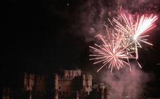 El castillo de coca deslumbra en fiestas