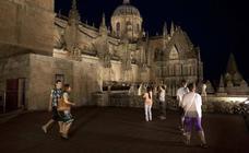 Los viajeros encumbran a 'Ieronimus', la Plaza Mayor y el convento de San Esteban