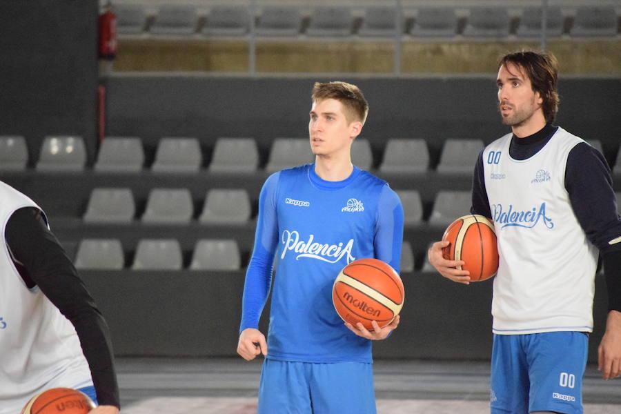 El Palencia Baloncesto cierra su plantilla