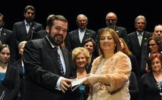 El centro Vicente Ferrer enfrenta a las cofradías de Medina con el Consistorio