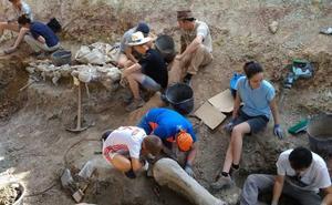 Concluyen las excavaciones en Torrelara con el hallazgo del esqueleto de un saurópodo