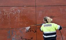 La ciudad destina 1.700 euros al día para reponer los daños por actos vandálicos