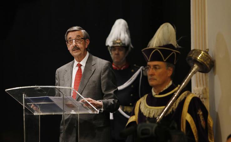 El pregón literario de Rafael del Valle abre las fiestas de Palencia