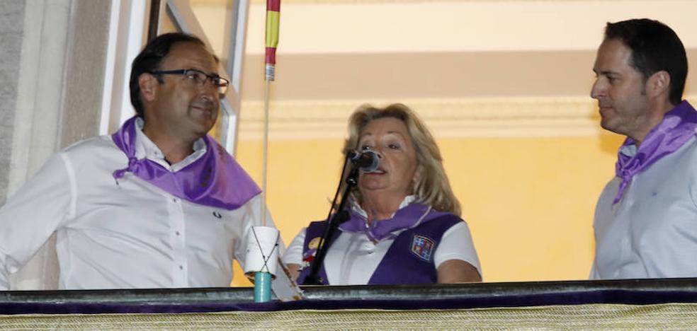 Mercedes Cajigal se erige en el pregón de las fiestas de Palencia en «la voz de todos los peñistas»