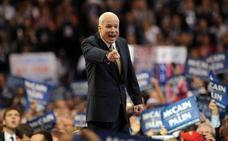 McCain, un líder fiel a unos ideales que le enfrentaron a su propio partido