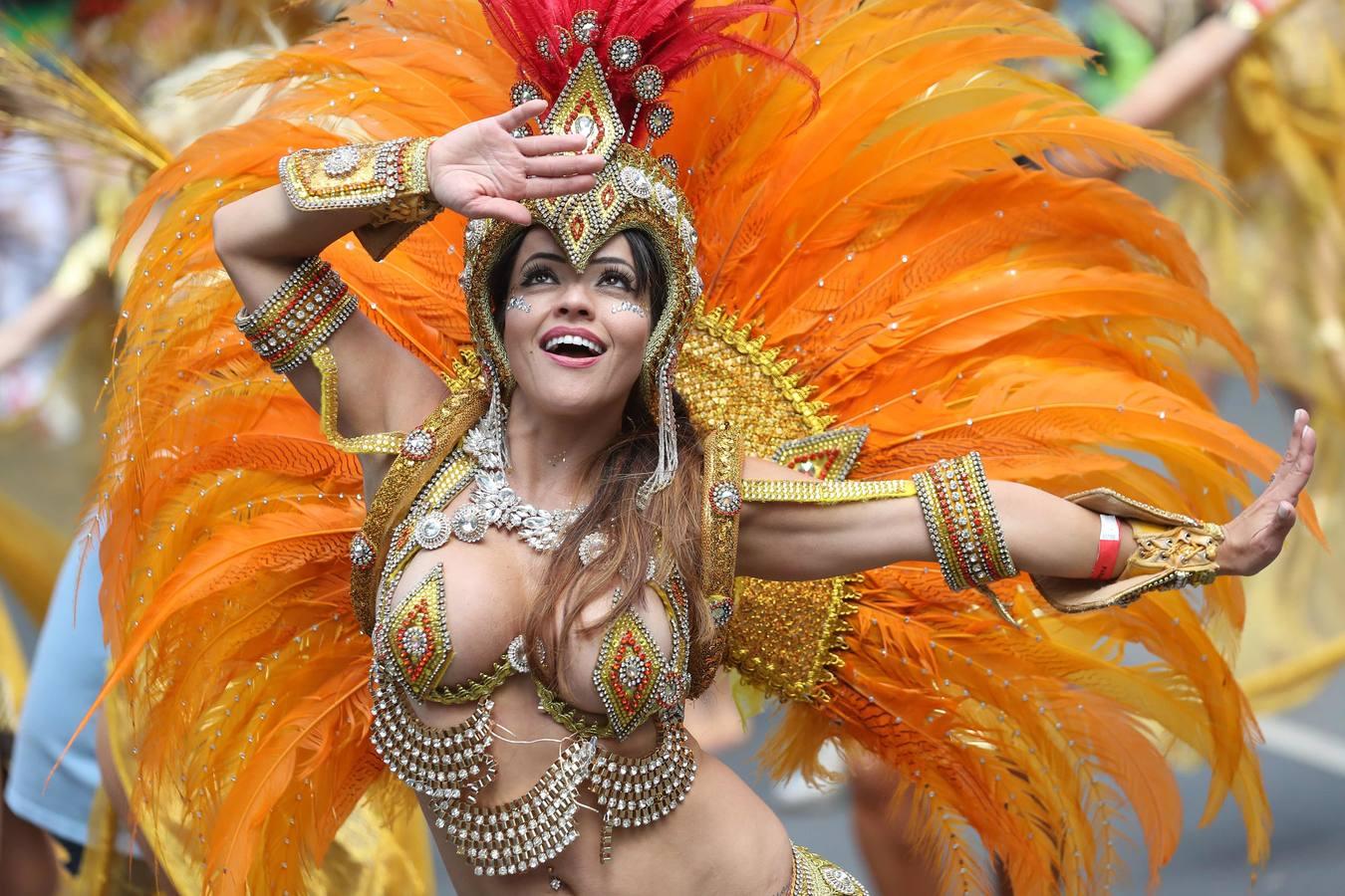 Explosión de color en el Carnaval de Notting Hill