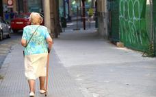 Las pensiones de la región recortan en diez años otros tantos euros de distancia con la media del país