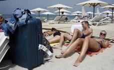 Más de la mitad de los españoles prefieren escapadas improvisadas y cortas