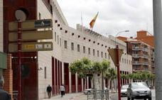 El detenido por una presunta violación en un piso de una ONG, en libertad con cargos