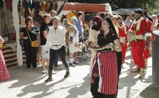 El Mercado Medieval de Palencia se afianza como un reclamo de las fiestas