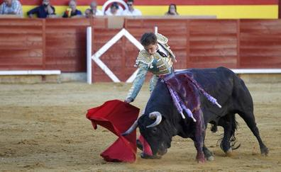 Ginés Marín sale a por todas en Palencia