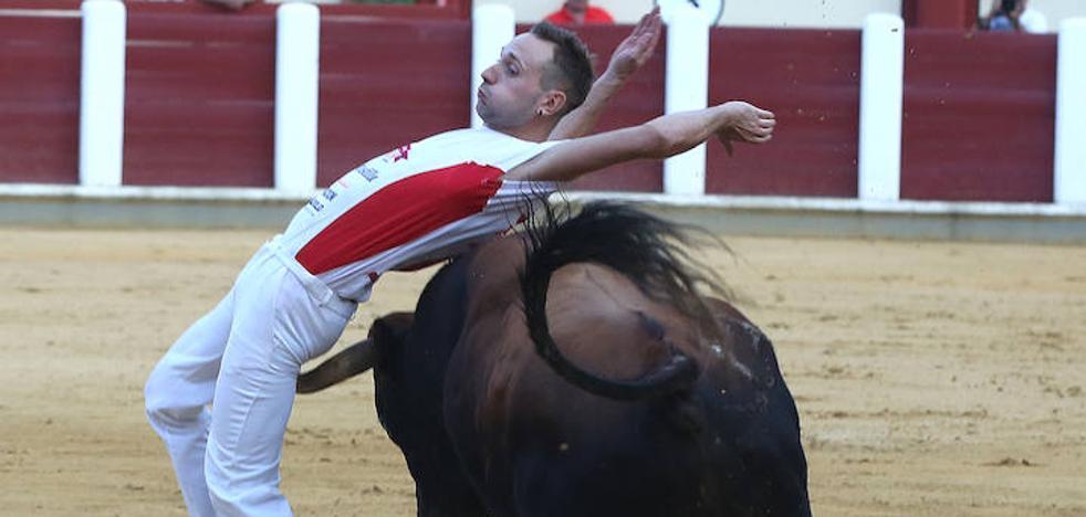 Guindi revalida su título de campeón en la final de la Liga del Corte Puro en Valladolid