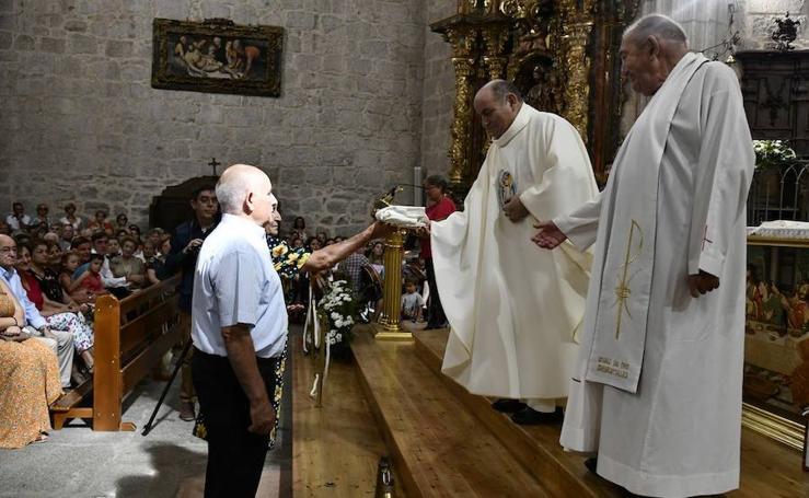 Misa de despedida de Valentín Bravo, párroco de El Espinar
