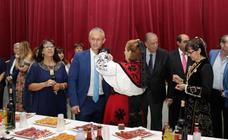 El movimiento vecinal de Comuneros premia a la USAL y al Casino