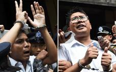 Condenan a siete años de cárcel a dos periodistas de Reuters en Birmania