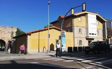 Aguilar pone en marcha un nuevo semáforo en la Avenida Ronda