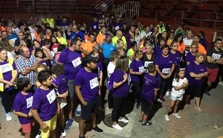 Marcha nocturna en Mota del Marqués a beneficio de la Fundación Síndrome Dravet