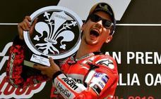 Lorenzo y Ducati, el pequeño camino del 'fracaso' al éxito