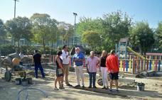 El parque de las piscinas de Valdelagua se amplía con una inversión de 18.000 euros