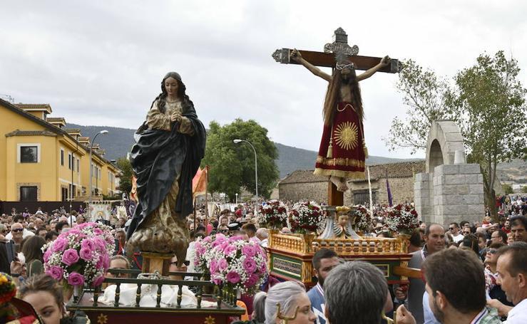 Procesión de las fiestas de El Caloco en El Espinar
