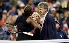 Serena, desquiciada, llama «ladrón» al árbitro durante su final perdida