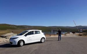 Un proyecto transfronterizo permite conocer cuatro parques naturales de Castilla y León en vehículos eléctricos