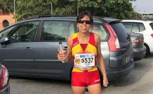 Isabel Almaraz también gana los 5.000 metros del Mundial W-45 y con récord nacional incluido