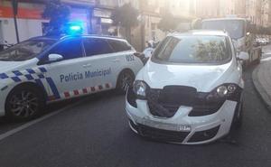 Herido un motorista tras ser arrollado por un taxi en Valladolid