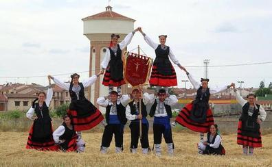 El sifón, protagonista de las fiestas de Cabezuela