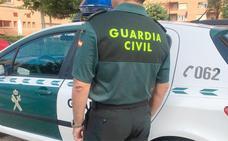 Detenido un sacerdote y su hermano acusados de abusos sexuales a un discapacitado en Carrizo