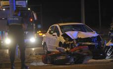 Fallece un motorista en una colisión con un turismo en la ronda interior