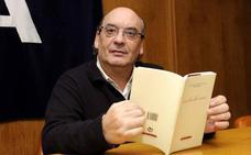 El poeta Muñoz Quirós, Premio Nacional de las Letras Teresa de Ávila