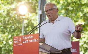 Borrell critica en Valladolid el «todo vale» en las «calumnias» a Sánchez por su tesis