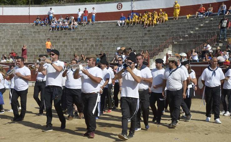 Fiestas de El Espinar. Festival de pandas 1.
