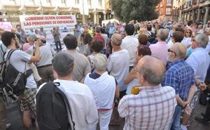 Jubilados vallisoletanos se manifiestan para reclamar la revalorización de las pensiones