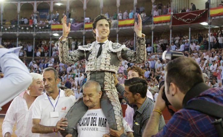 Roca Rey triunfa en Salamanca