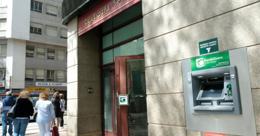Las antiguas cajas conservan el liderazgo financiero en Castilla y León... por los pelos