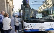 La oposición reclama cambios en el carril bici y los autobuses y no «actos puntuales»
