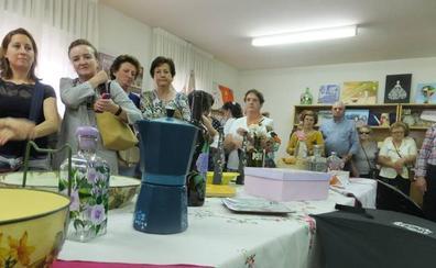 Las Aulas de Manualidades de la Diputación llegarán a 164 municipios