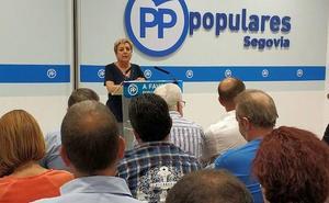 Paloma Sanz alienta a los populares segovianos para «ganar las elecciones»
