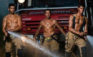 El alcalde de Zaragoza censura un calendario con bomberos semidesnudos