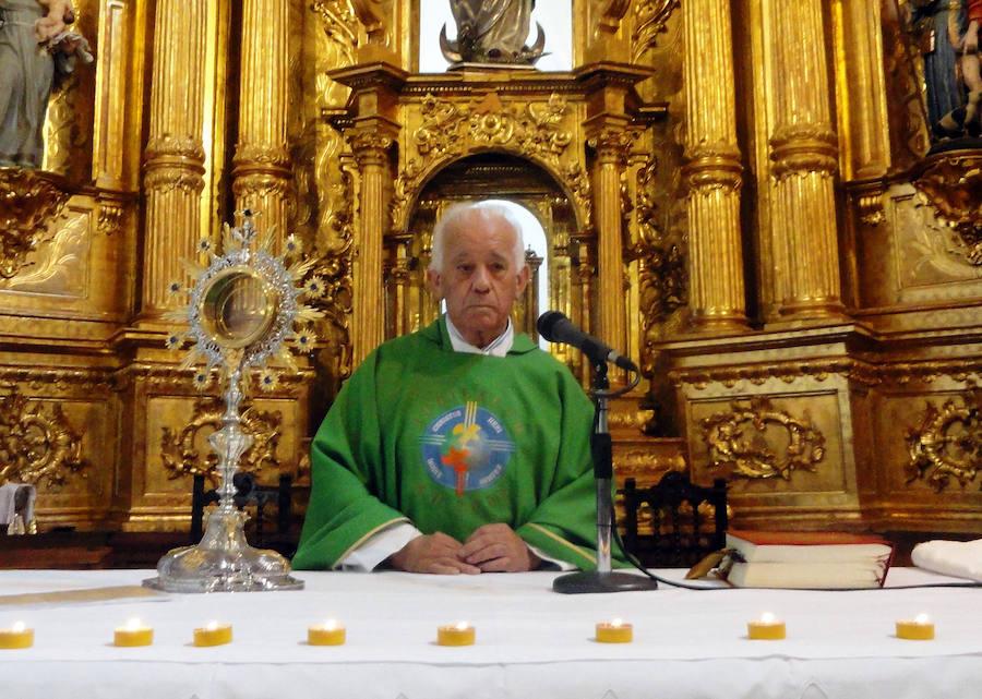 Cantimpalos despide a José María Nieto tras veinte años en la parroquia
