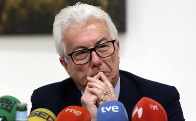 Ken Follet: «Las noticias falsas son peligrosas para las democracias»