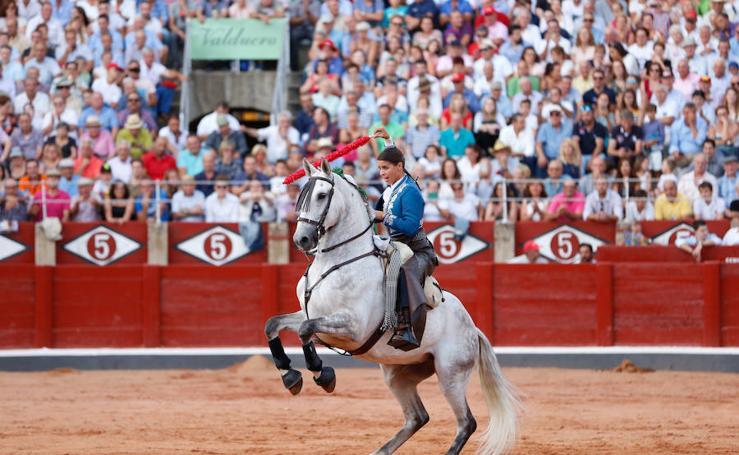 La corrida de rejones cierra la Feria Taurina de Salamanca