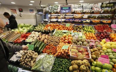 Valladolid tira cada día a la basura 40.000 kilos de comida en buen estado