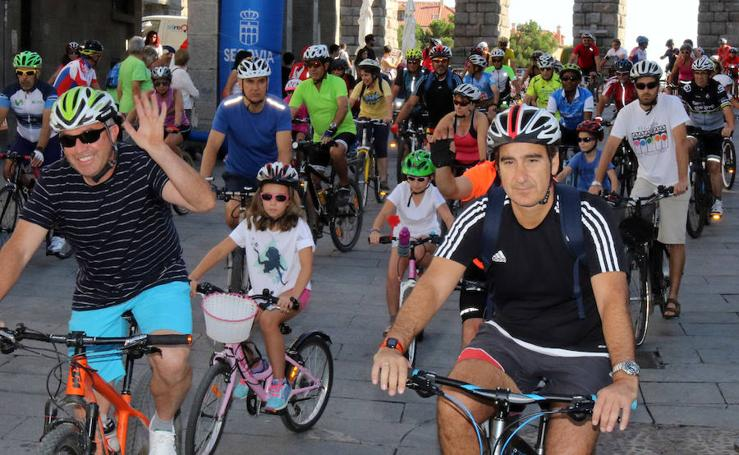 Marcha ciclista del Dia del Alzheimer en Segovia
